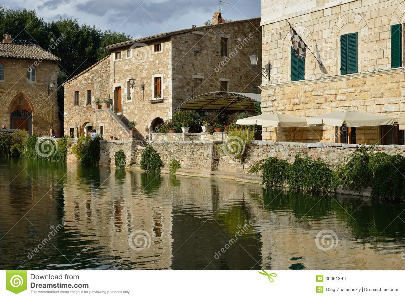 Old Thermal Baths In Bagno Vignoni Editorial Stock Image - Image: 30061349