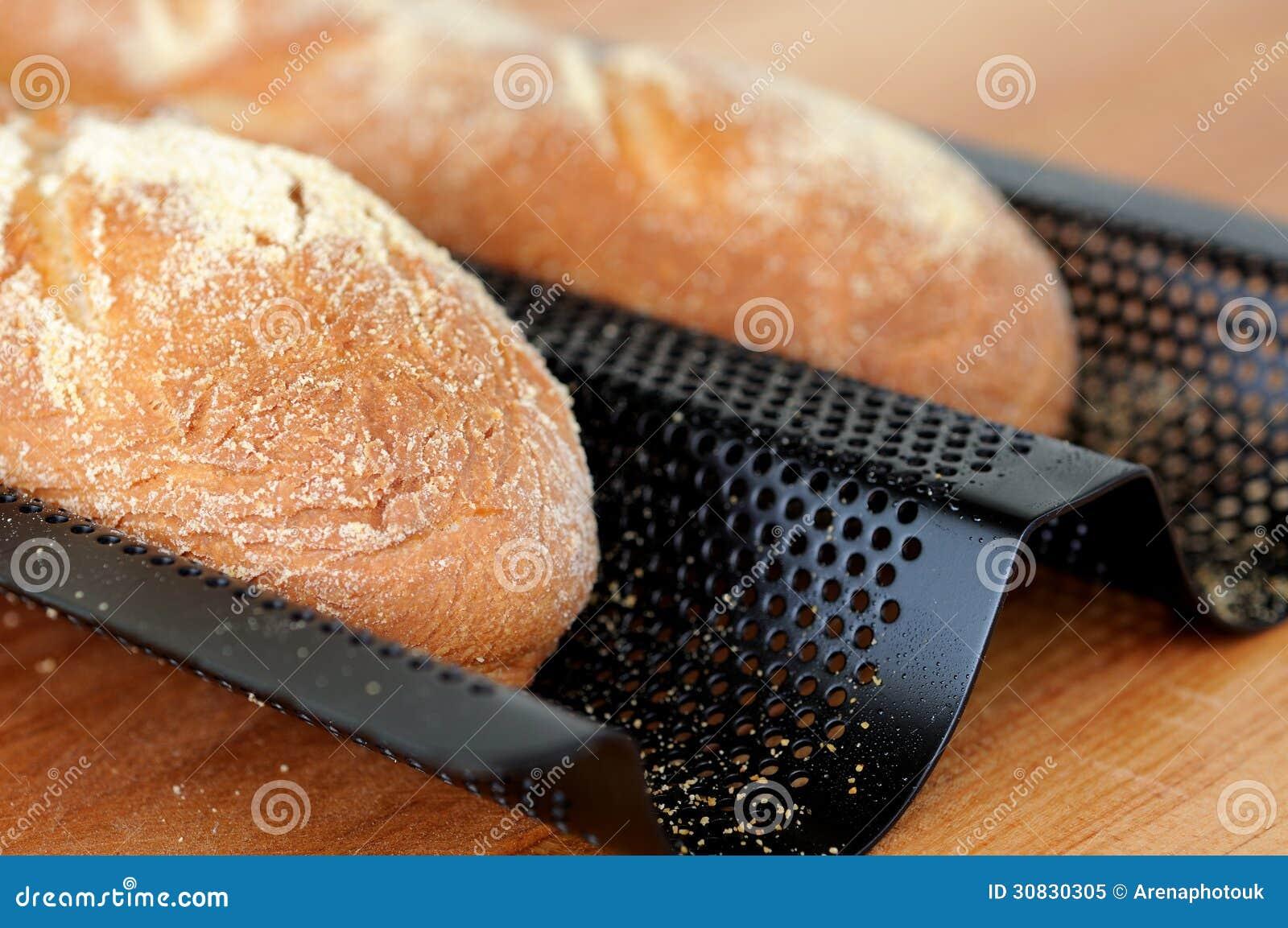 Baguette francesi di recente al forno.