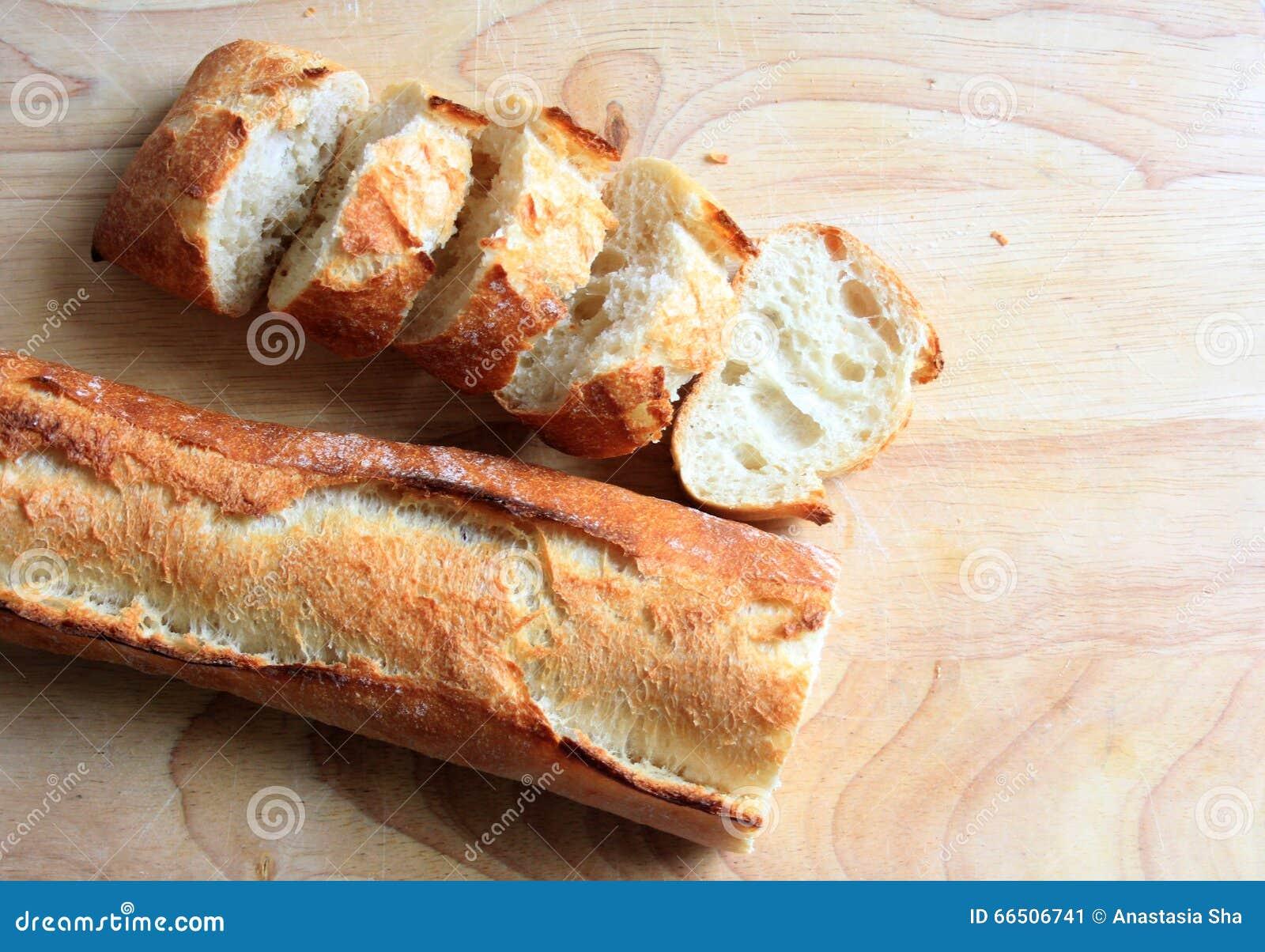 Baguette fresche affettate