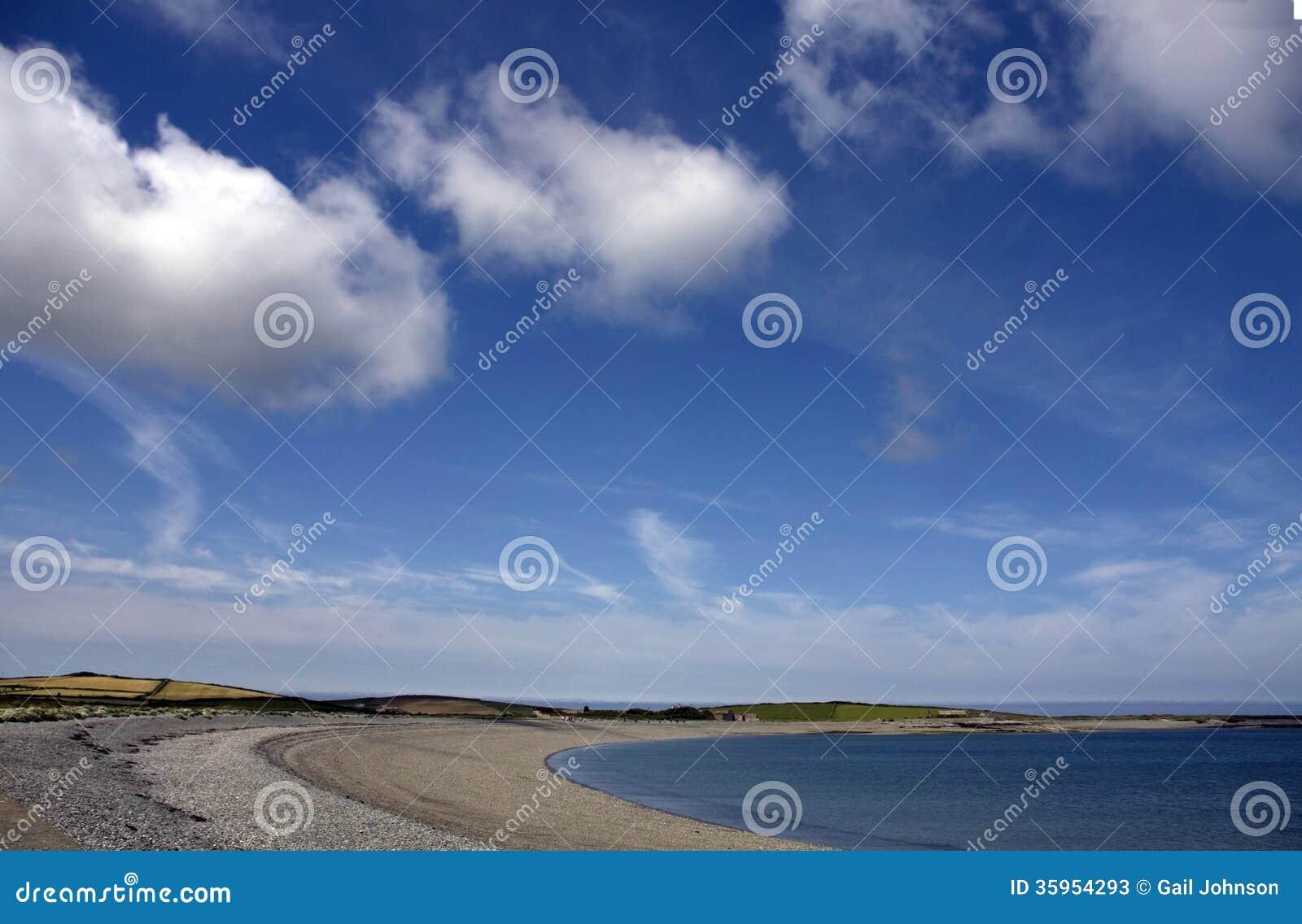 Bahía de Cemlyn