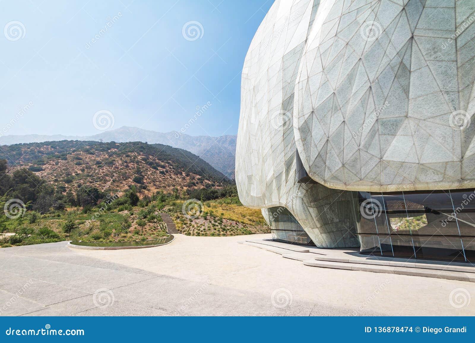 Bahaihuis van Vereringstempel en de Bergen van de Andes - Santiago, Chili
