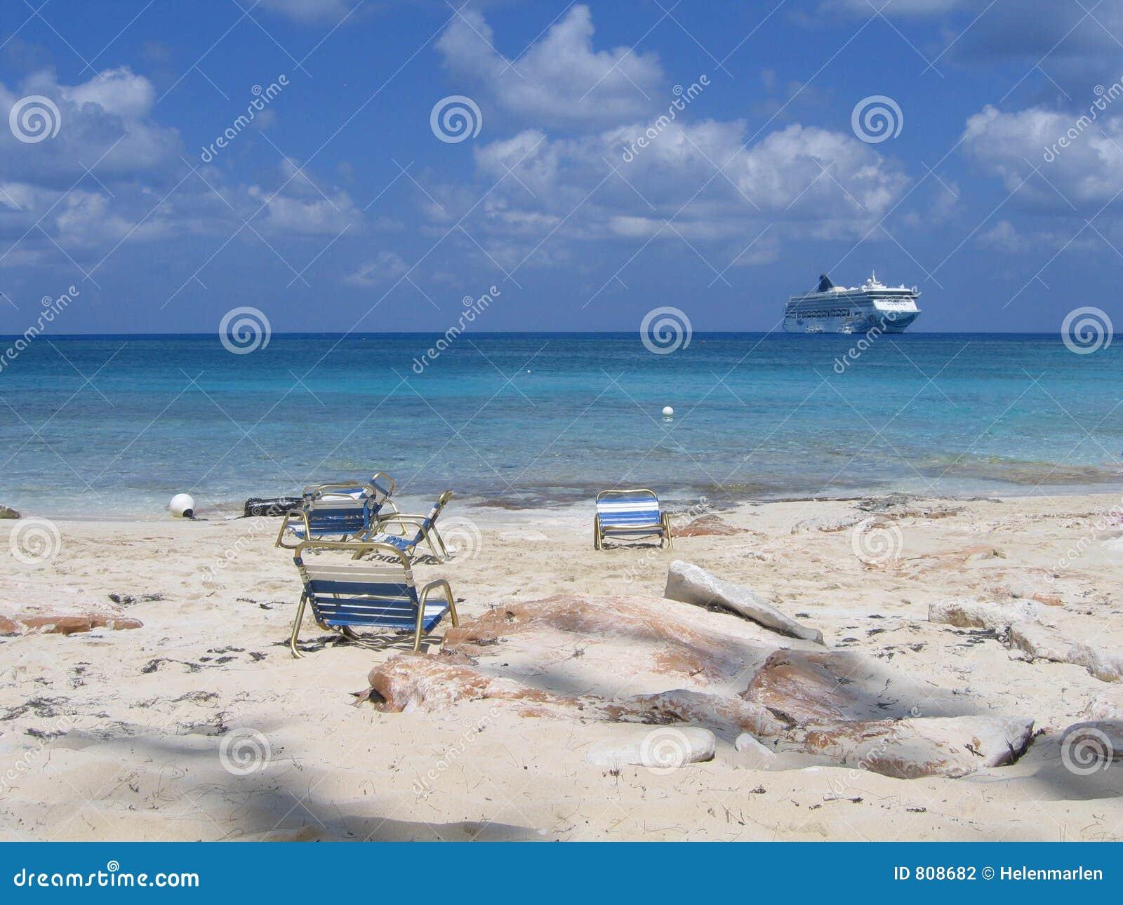 Bahamas sätter på land privat