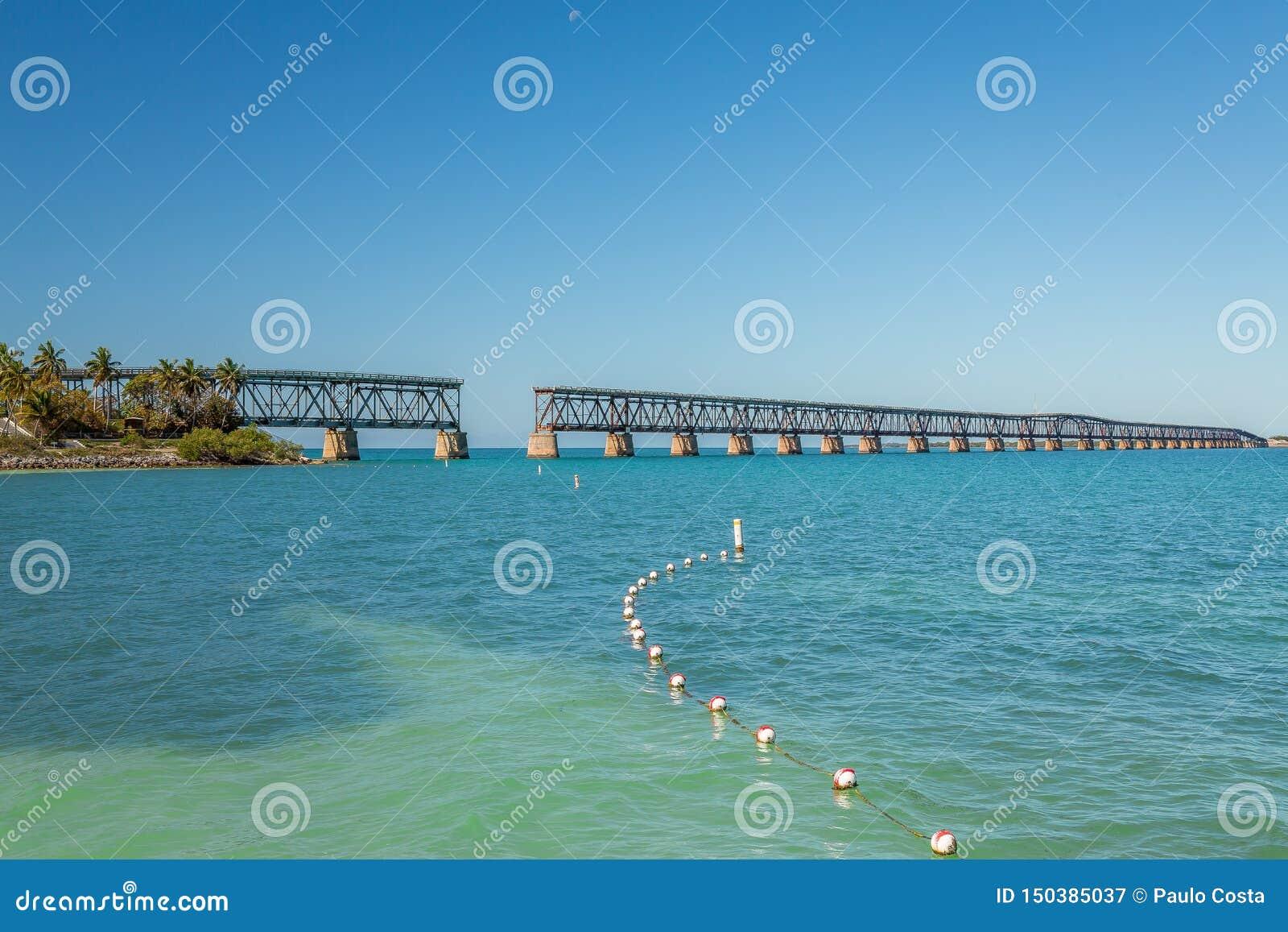 Bahia Honda State Park ? um parque estadual com uma praia p?blica aberta
