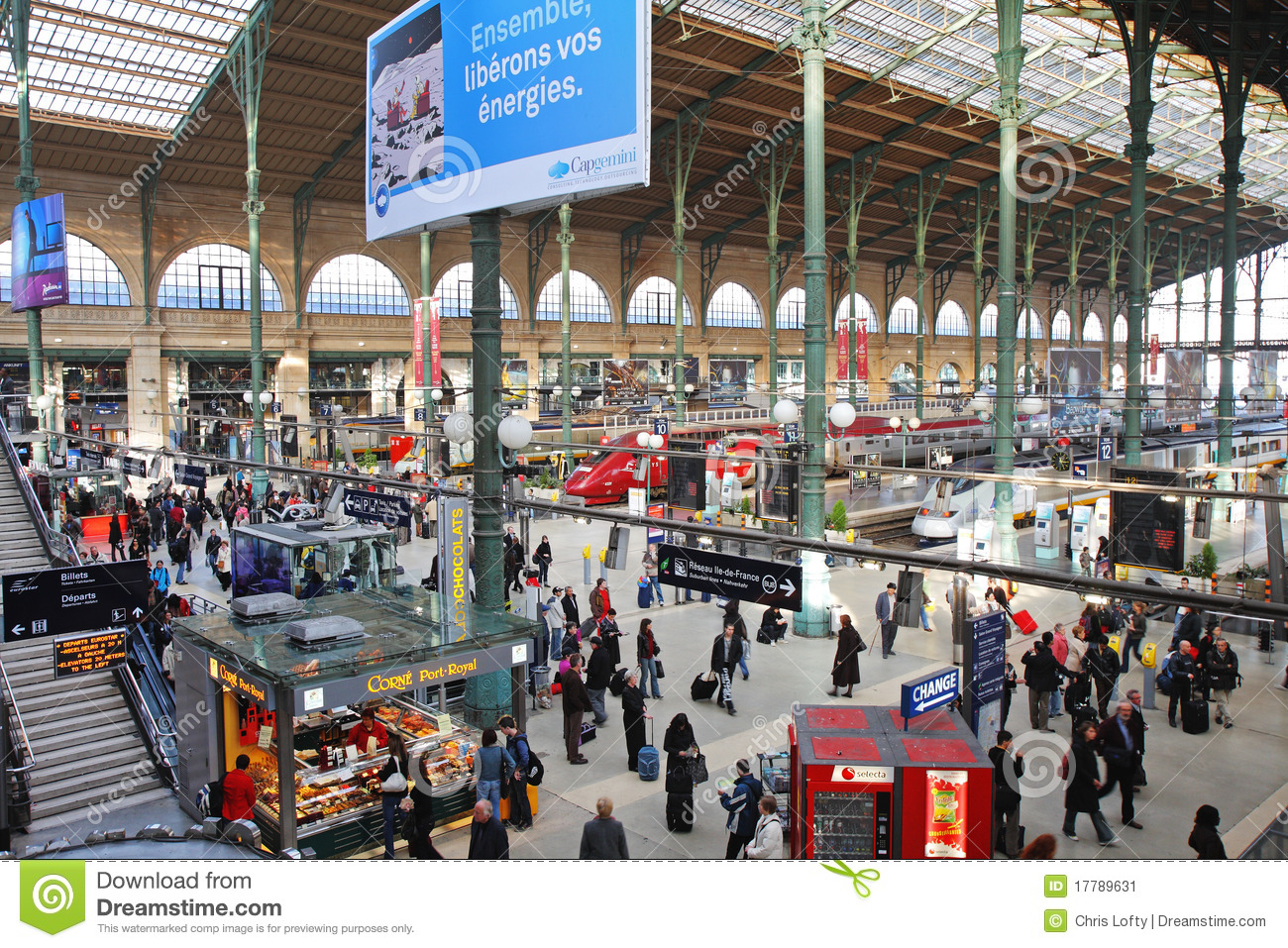 bahnhof paris gare du nord redaktionelles foto bild von tourismus 17789631. Black Bedroom Furniture Sets. Home Design Ideas