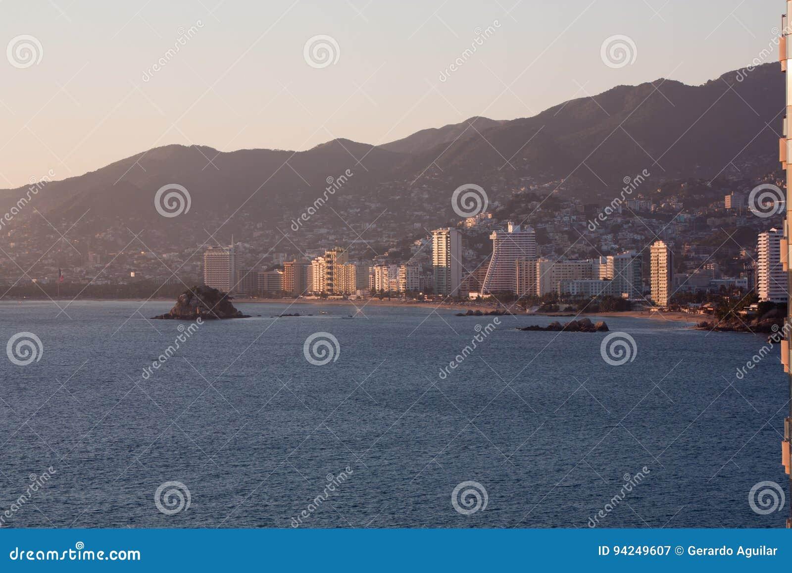 Baie d Acapulco