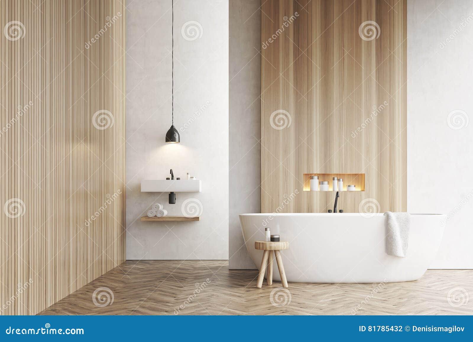 Baignoire, un évier et une chaise, murs blancs