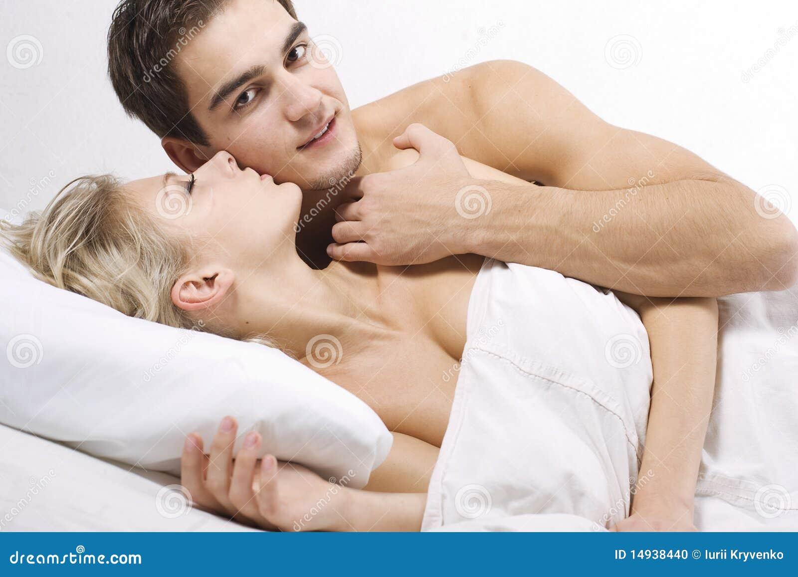 Hommes hétérosexuels nus gratuits