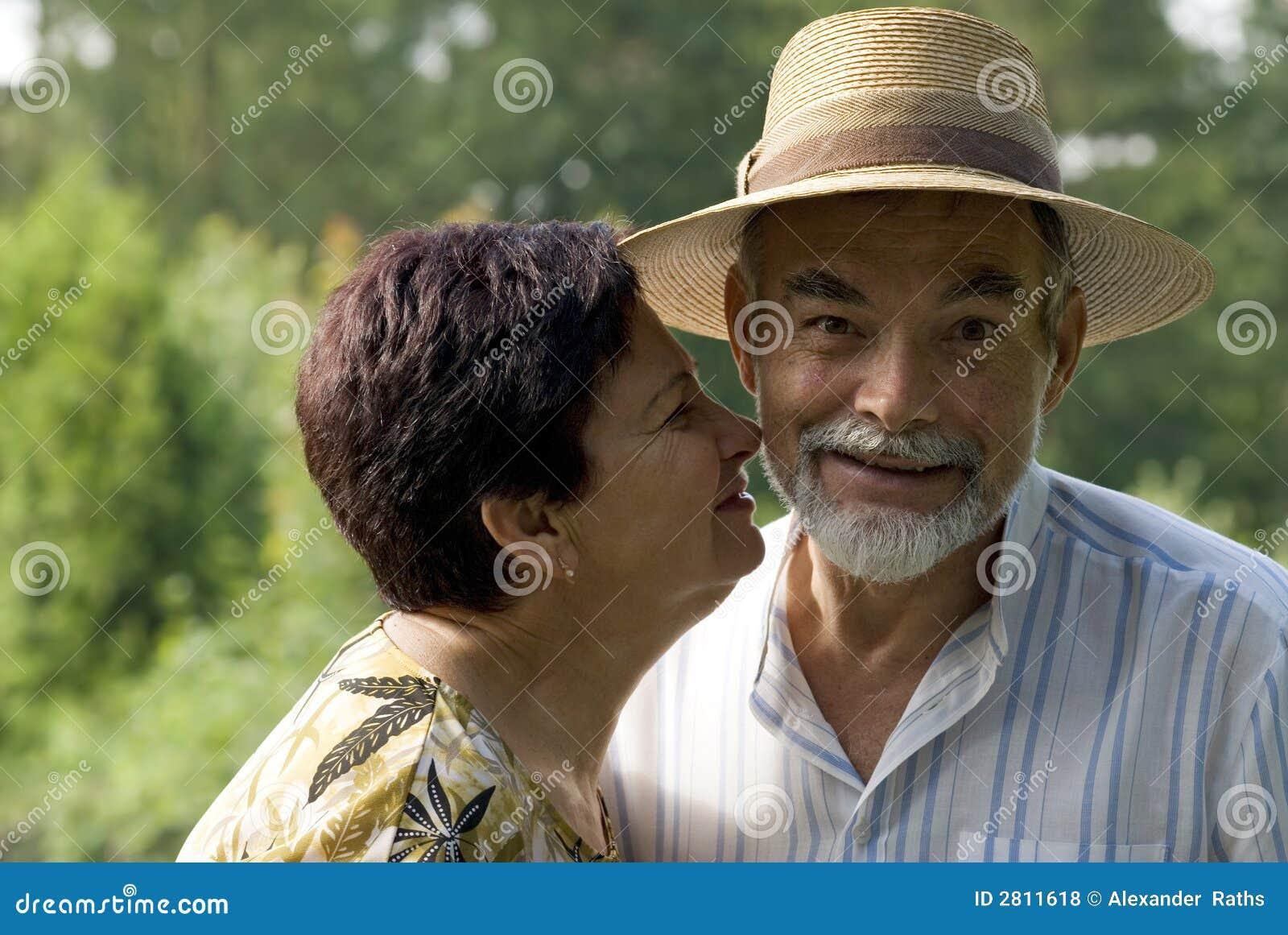 Baisers aînés de couples