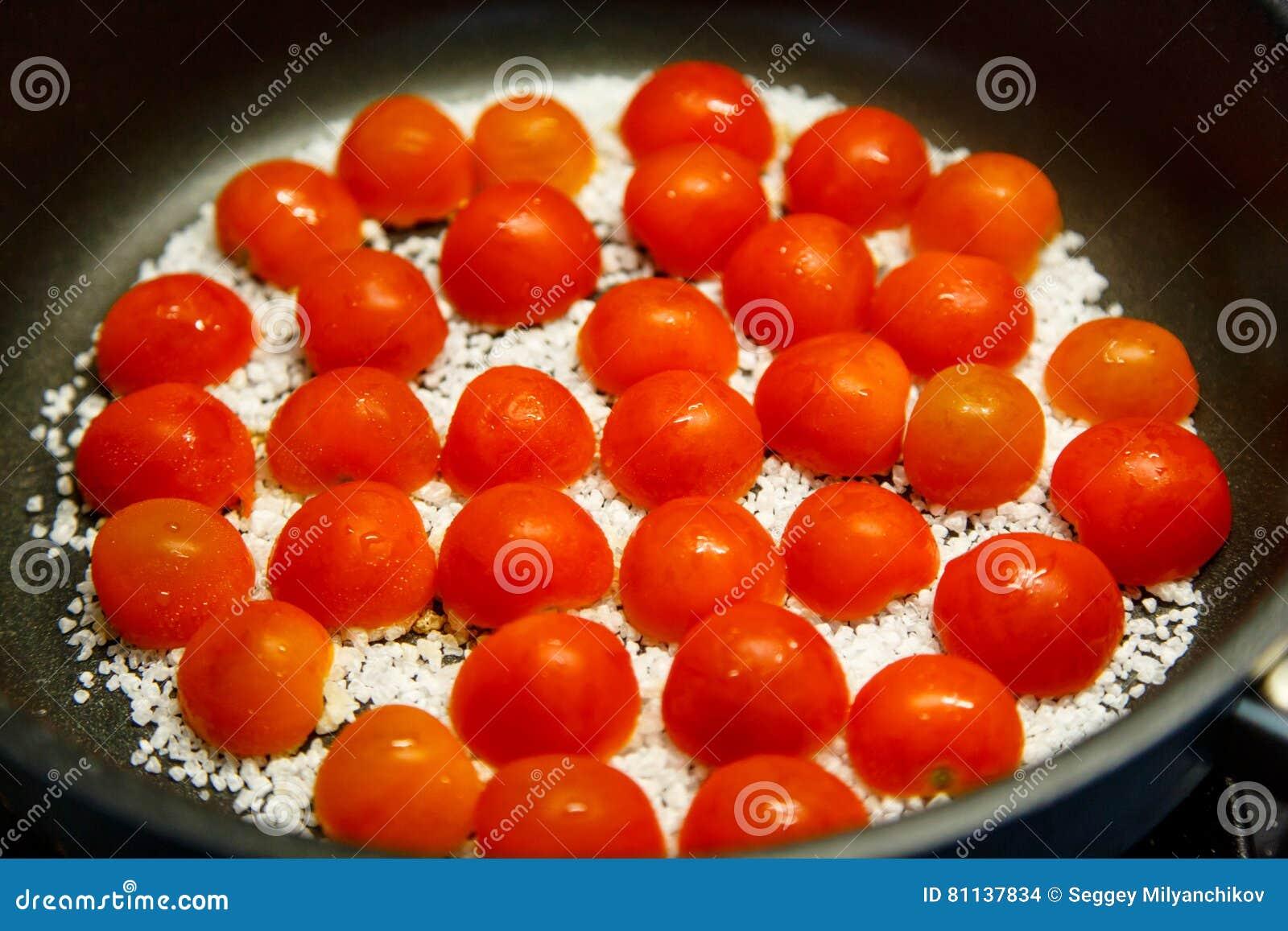 Bak de tomaten