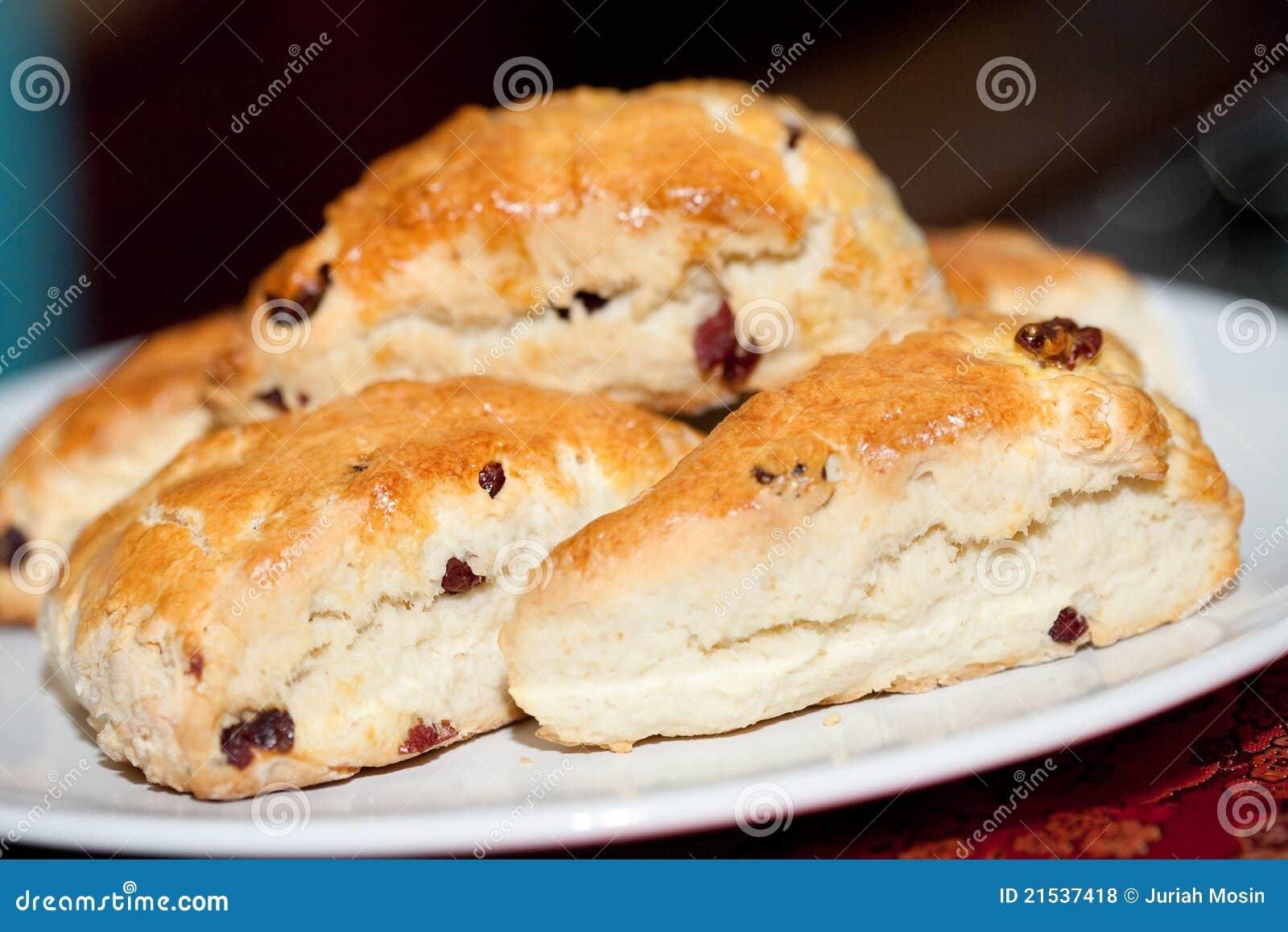 Bakade scones för cranberry nytt