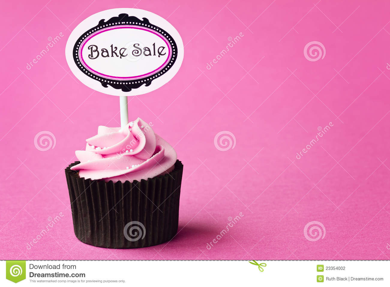 stock photos images pictures 674 013 images bake cupcake stock photography