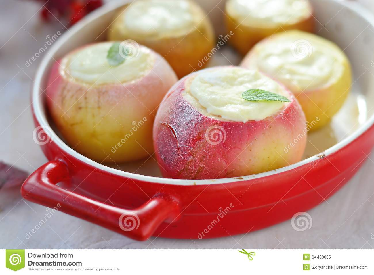 Baked apples with cottage cheese - a favorite dessert 68