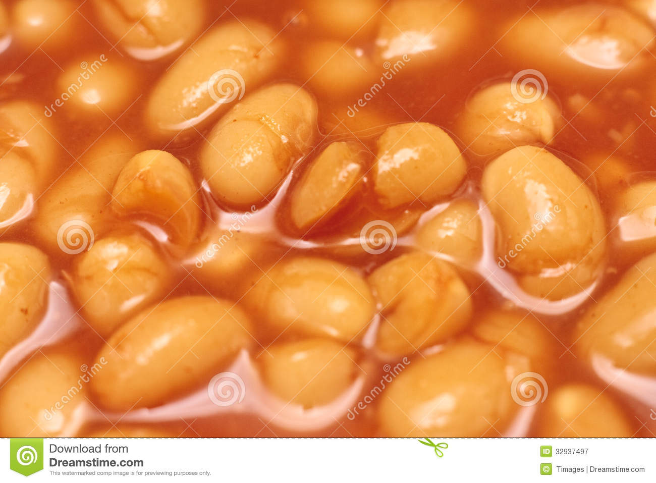 close-up of baked beans in a tomato sauce.