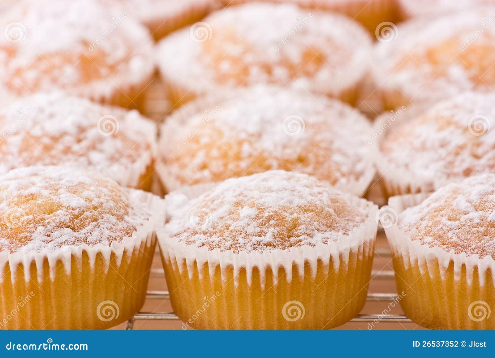 Dusting Icing Sugar On Cake