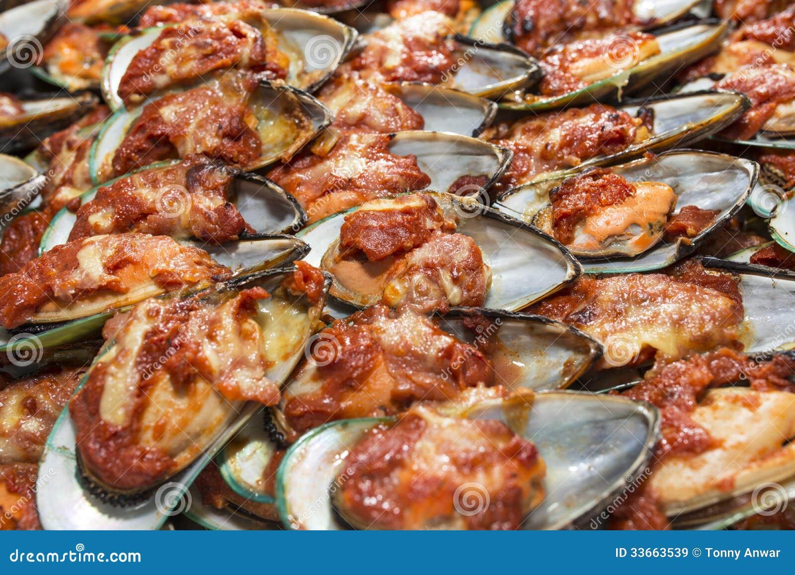 tomato sauce grilled mexican chorizo with spicy tomato caper sauce