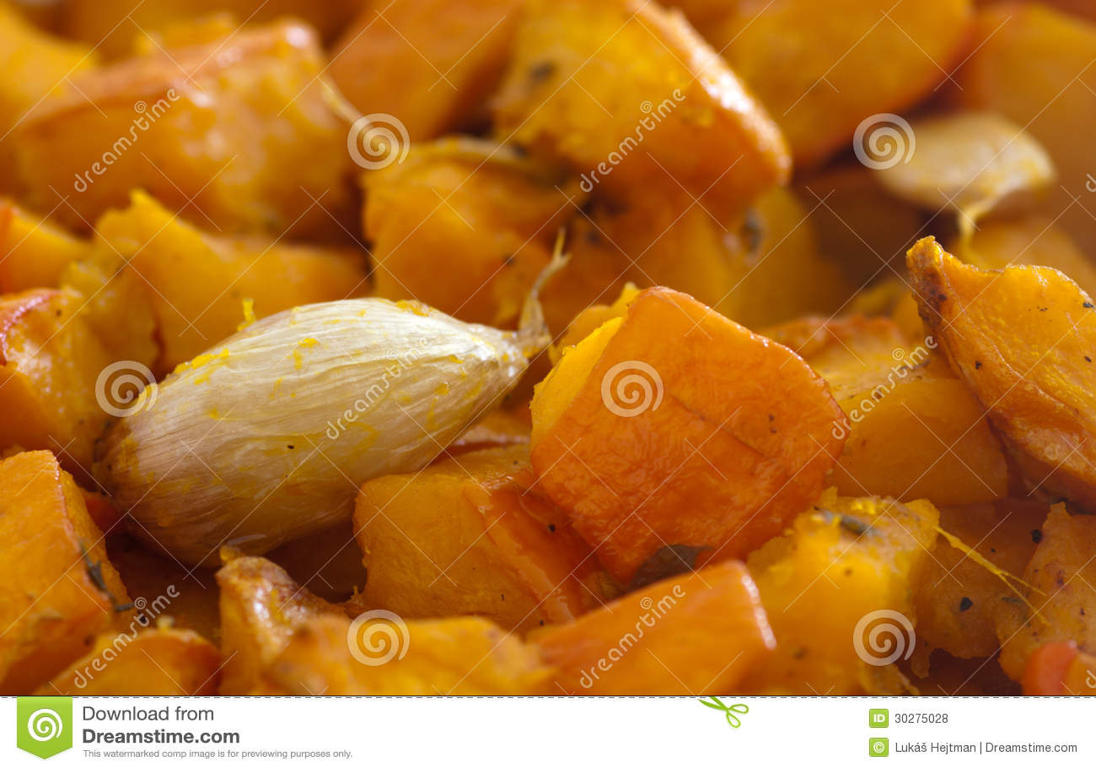Pumpkin With Garlic Royalty Free Stock Photos - Image: 30275028