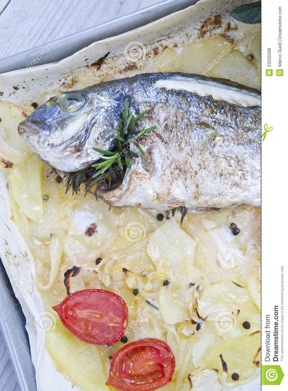 Baked sea bream royalty free stock photos image 33290388 for Fish on main