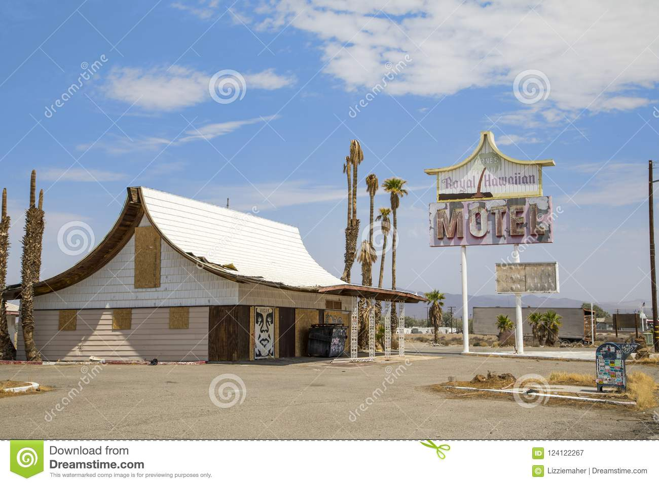 Arne`s Royal Hawaiian Motel, Baker, CA Editorial Photography - Image