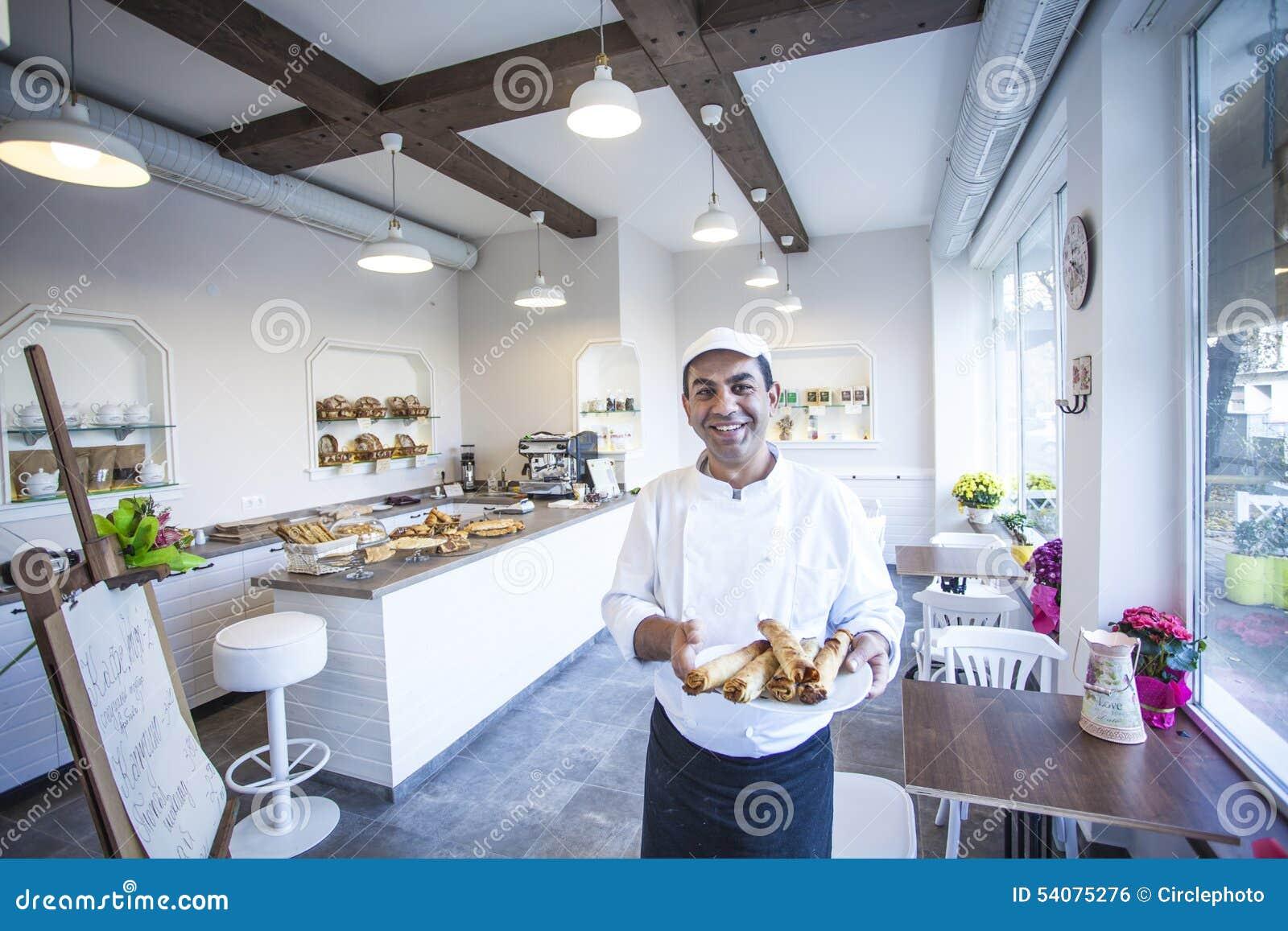 Baker die verse pannekoeken houden