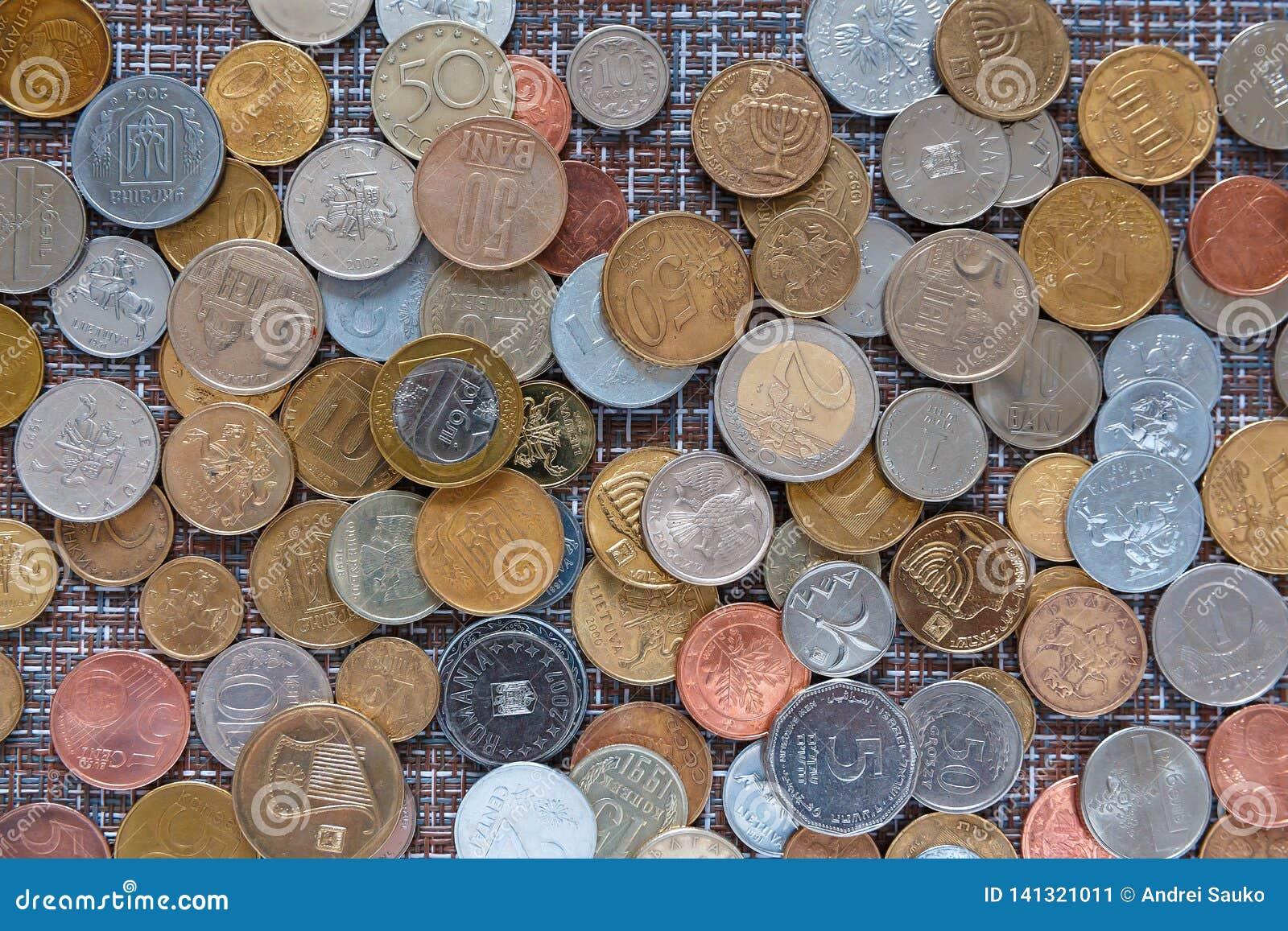 Bakgrund av mynt av olika länder