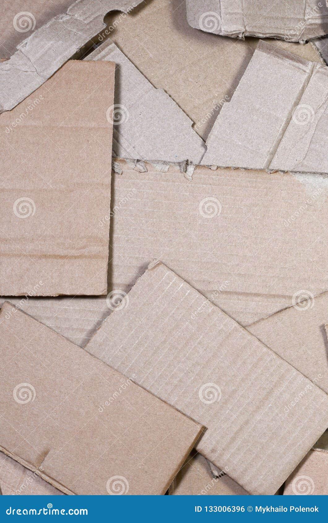 Bakgrund av travt klart för papper texturer att återanvända En packe av gammal kontorspapp för återanvändning av förlorat papper