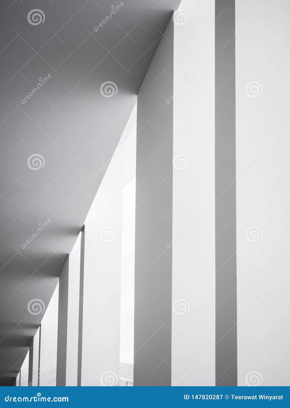 Bakgrund f?r vit byggnad f?r kolonner f?r arkitekturdetaljer geometrisk abstrakt modern