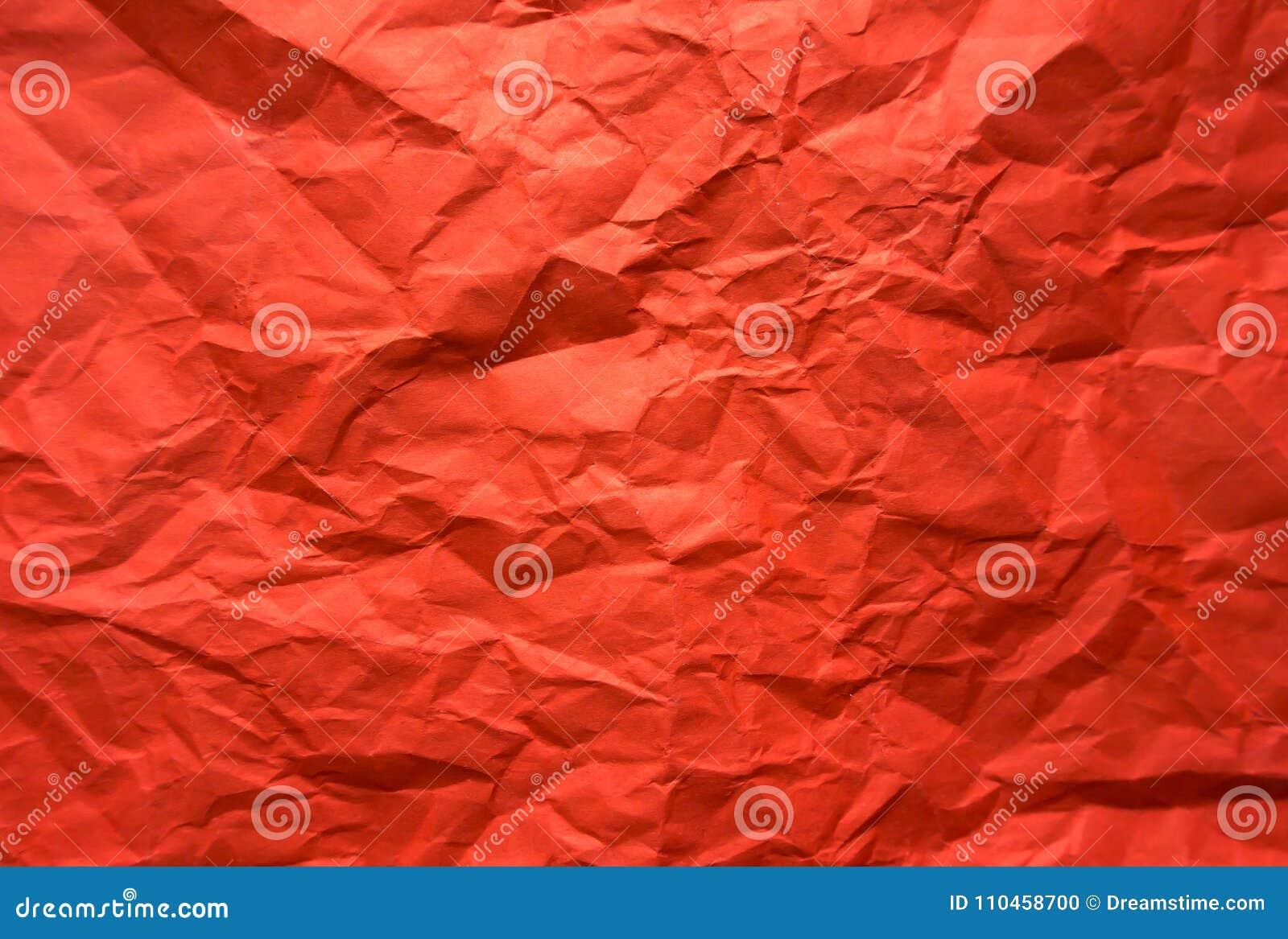 Bakgrund Skrynkligt rött ark av papper
