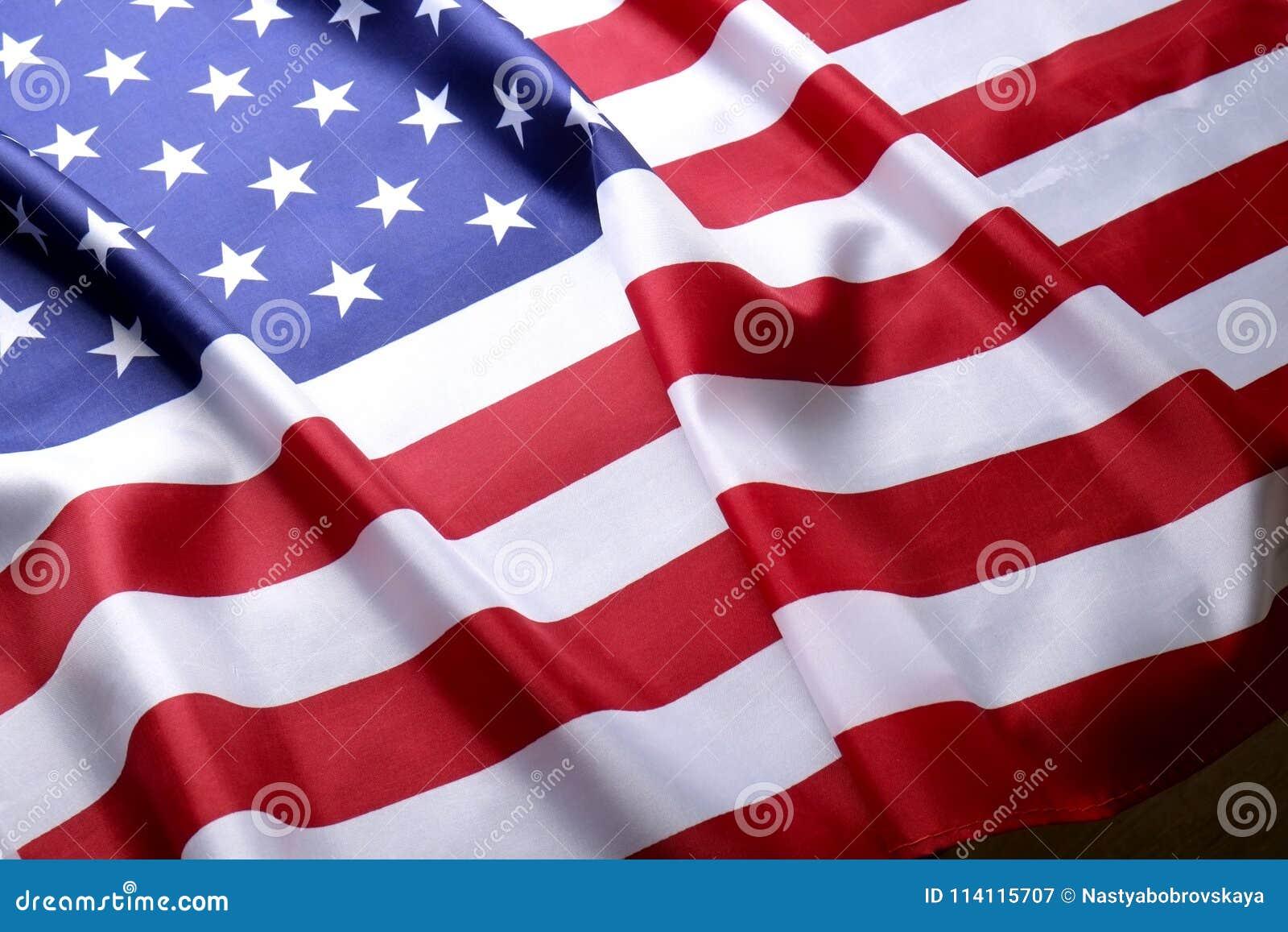 Bakgrundsflagga av Amerikas förenta stater för nationell federal ferieberöm och sörjande minnedag USA symbol
