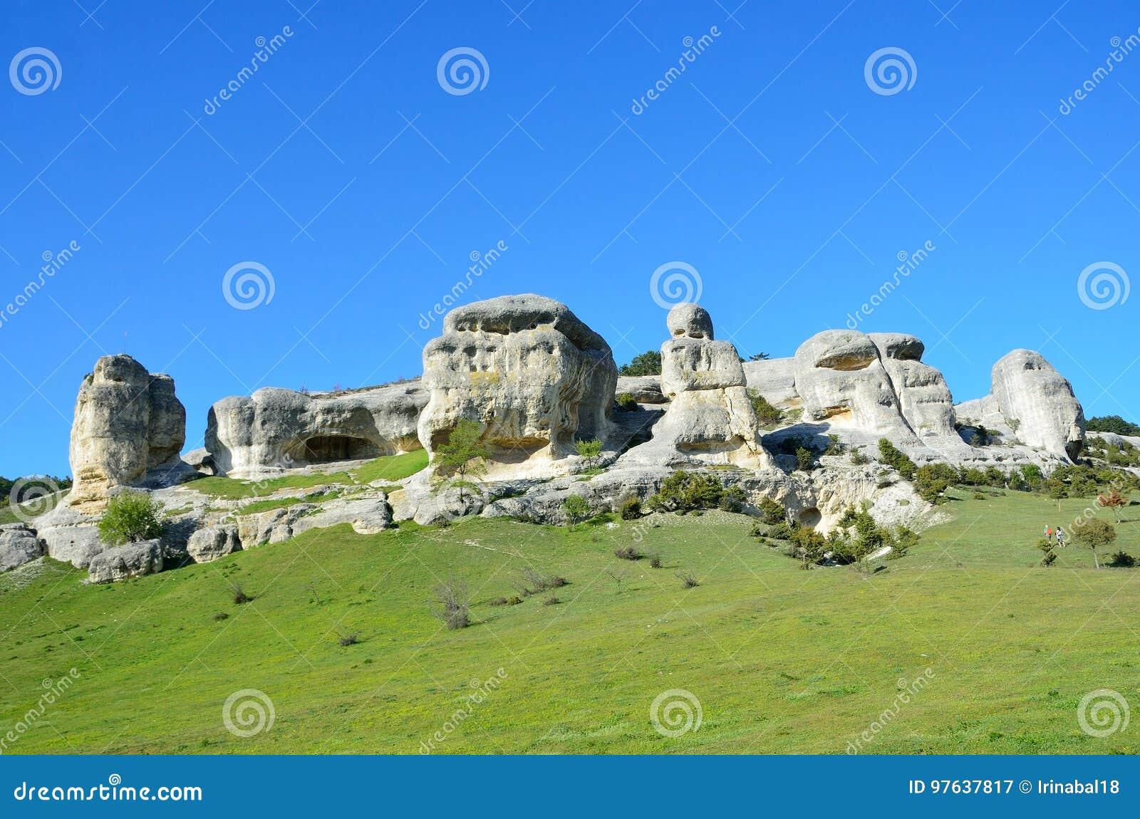 Bakhchisaray Szczególnie ochraniający naturalnego terytorium ` Naturalni sfinksy dolina Su w wiośnie