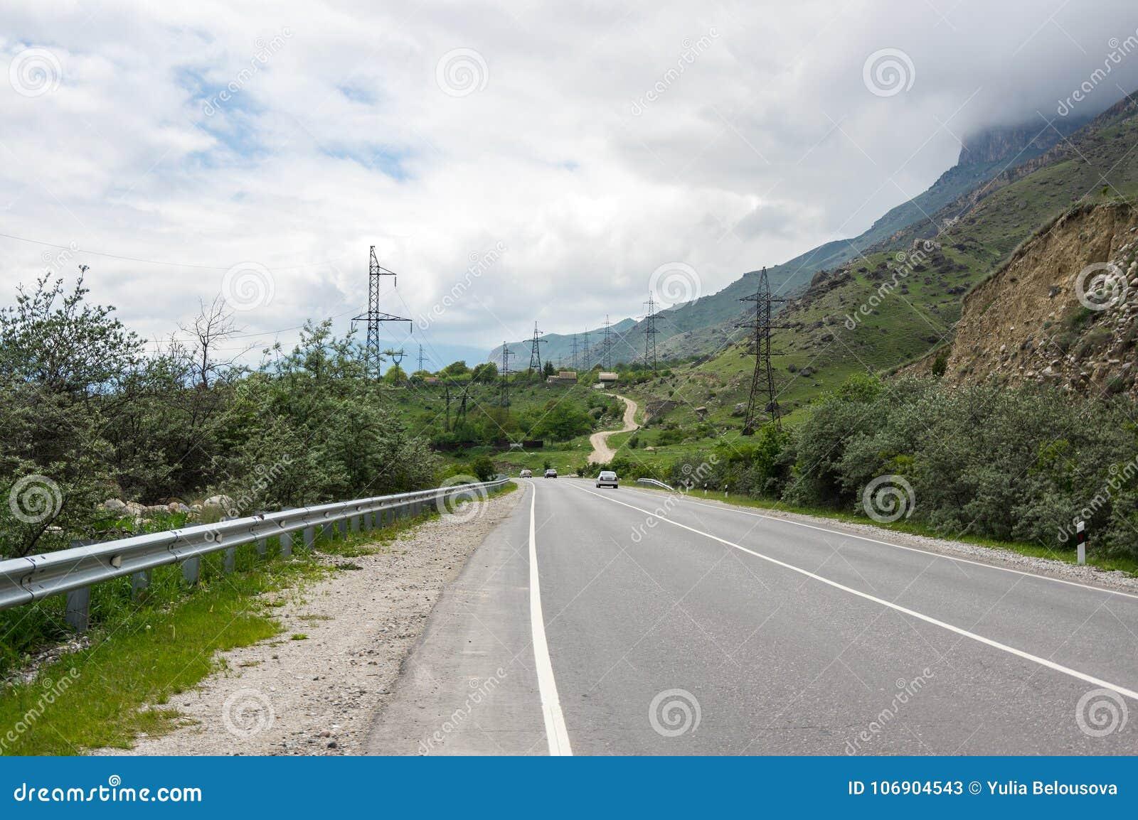 Baksan wąwóz w Kaukaz górach w Rosja