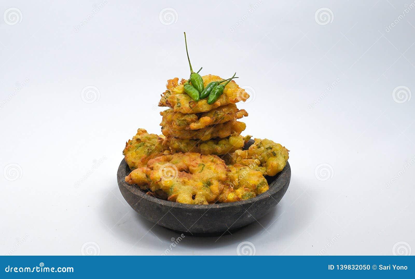 Bakwan kukurudza od Indonezyjskiego jedzenia jest jeden bakalie Indonezja