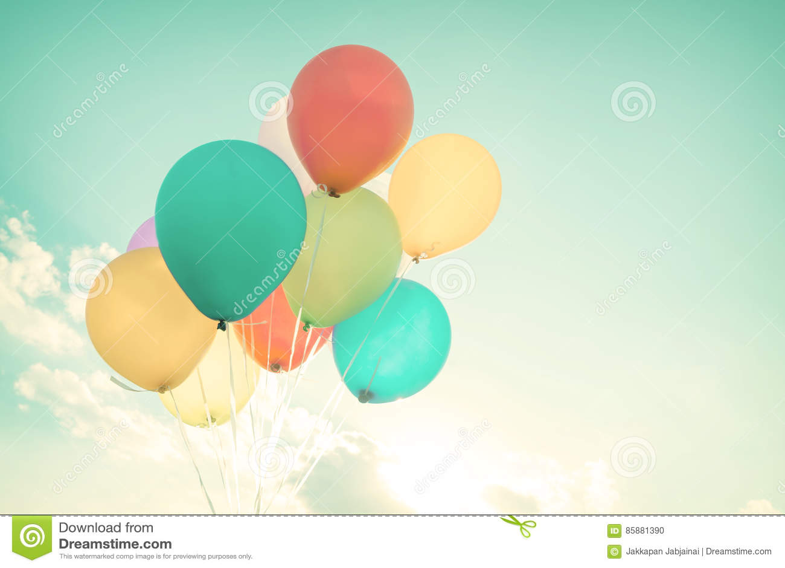 Balões coloridos nas férias de verão