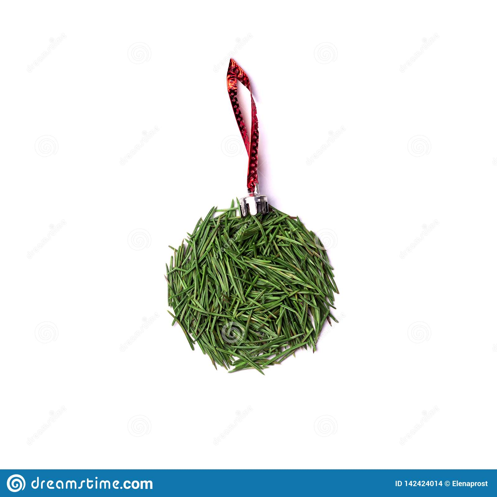 Bal op de Kerstboom op rode lijn