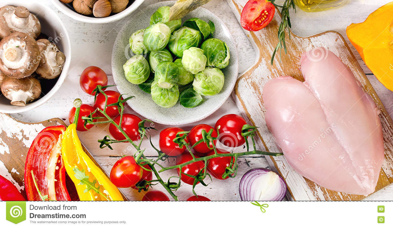 Balanced diet food concept fruits vegetables and chicken for Cuisine concept
