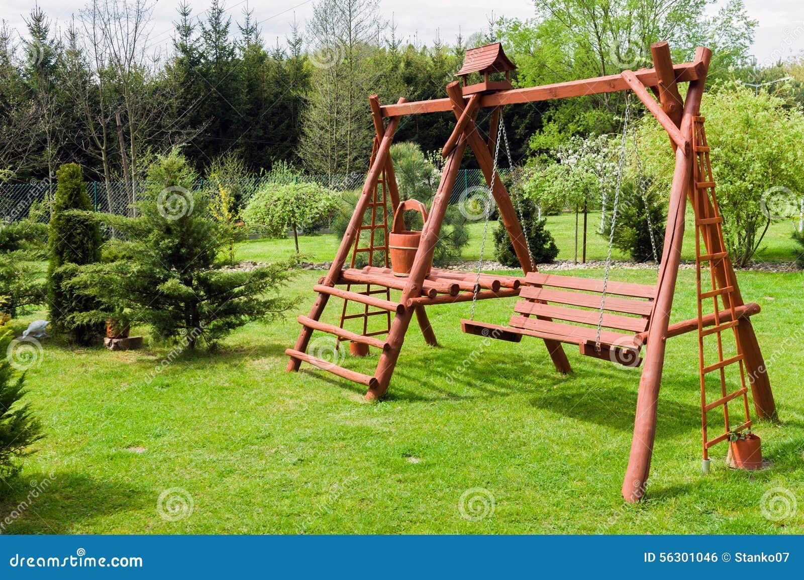 de madeira do jardim Arquitetura caseiro de madeira do jardim #743B1D 1300x955