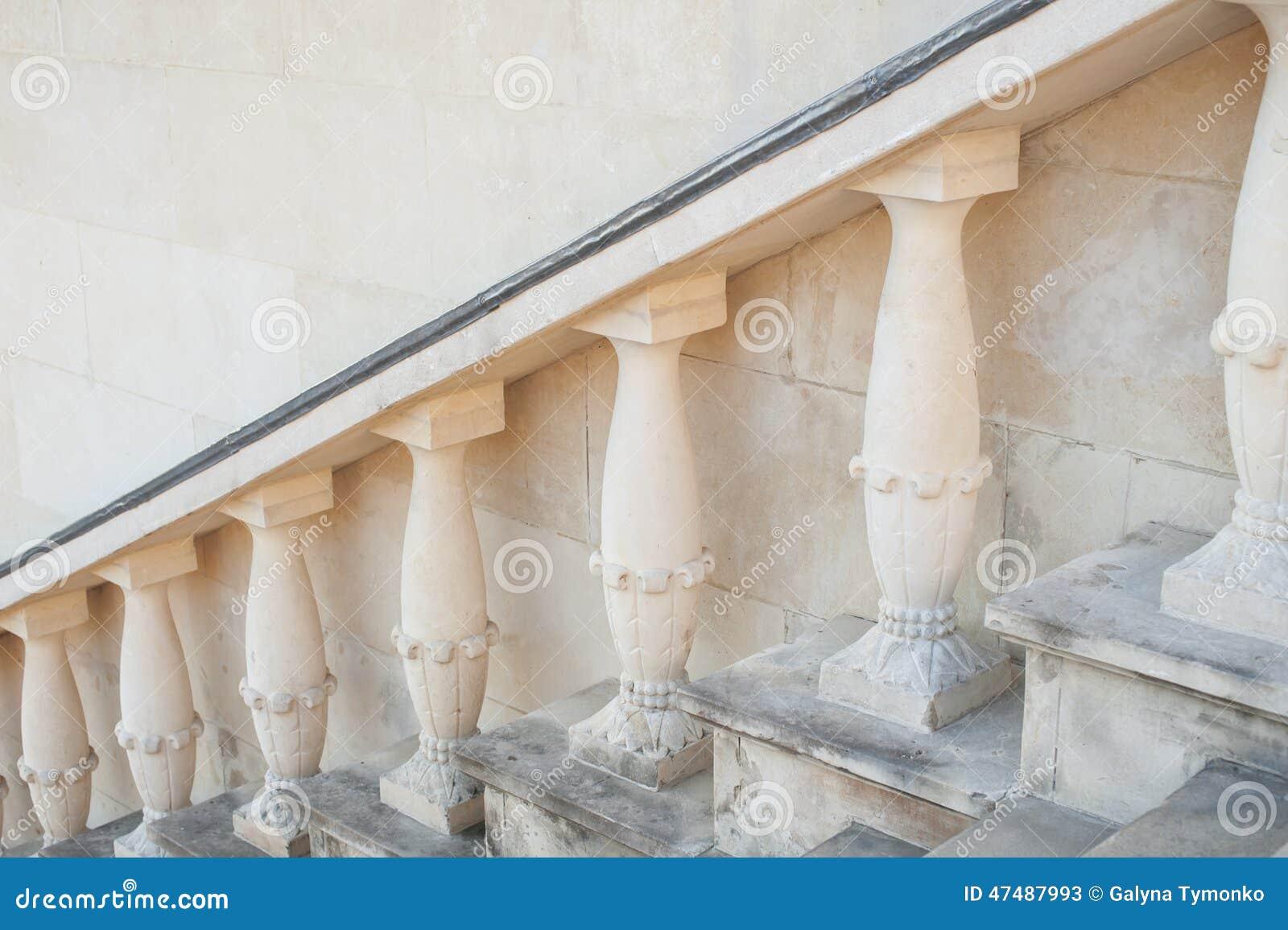 Balaustre y escalera barrocos de piedra foto de archivo - Balaustres de piedra ...
