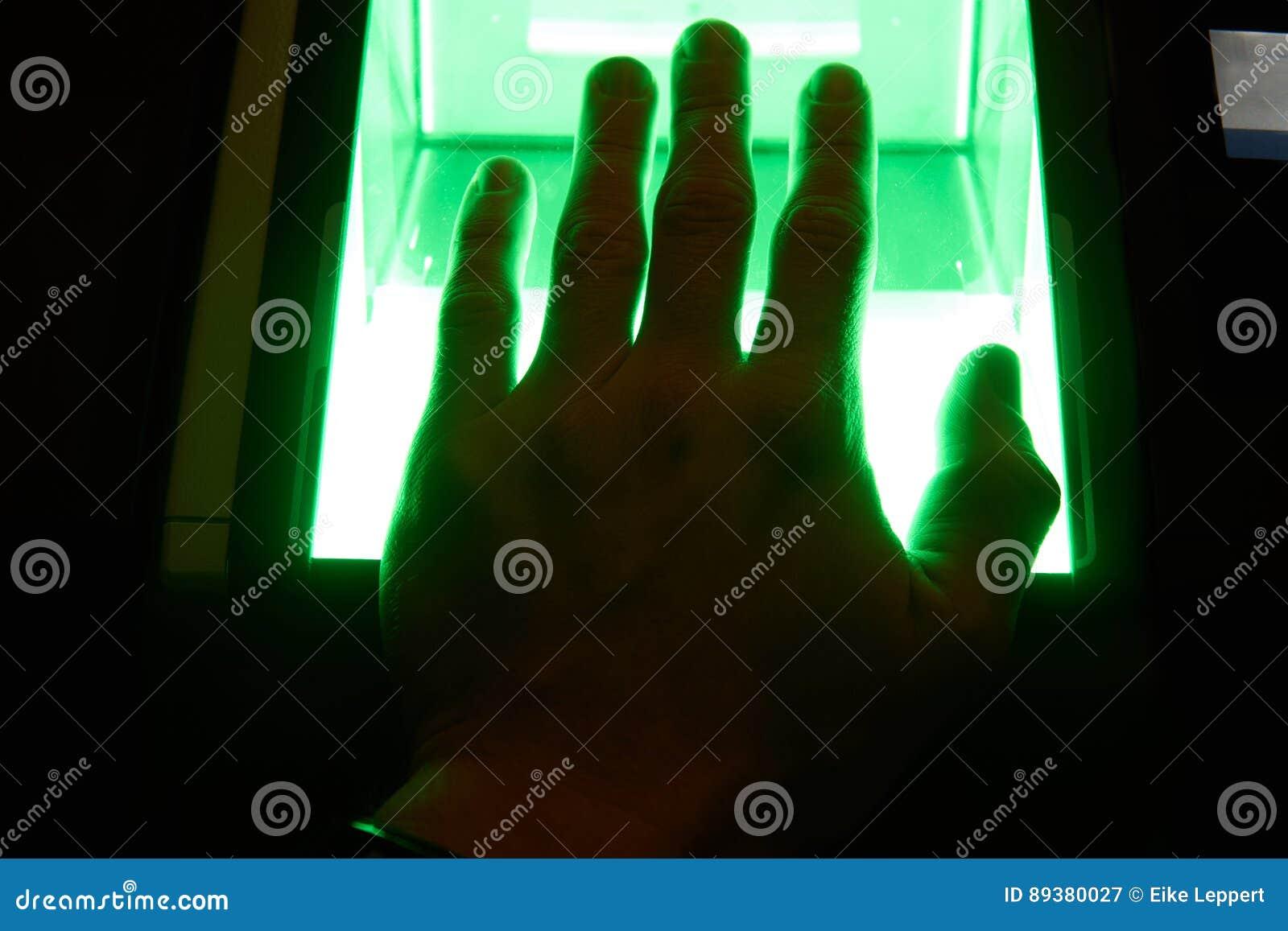 Balayage numérique d empreinte digitale de cybersecurity