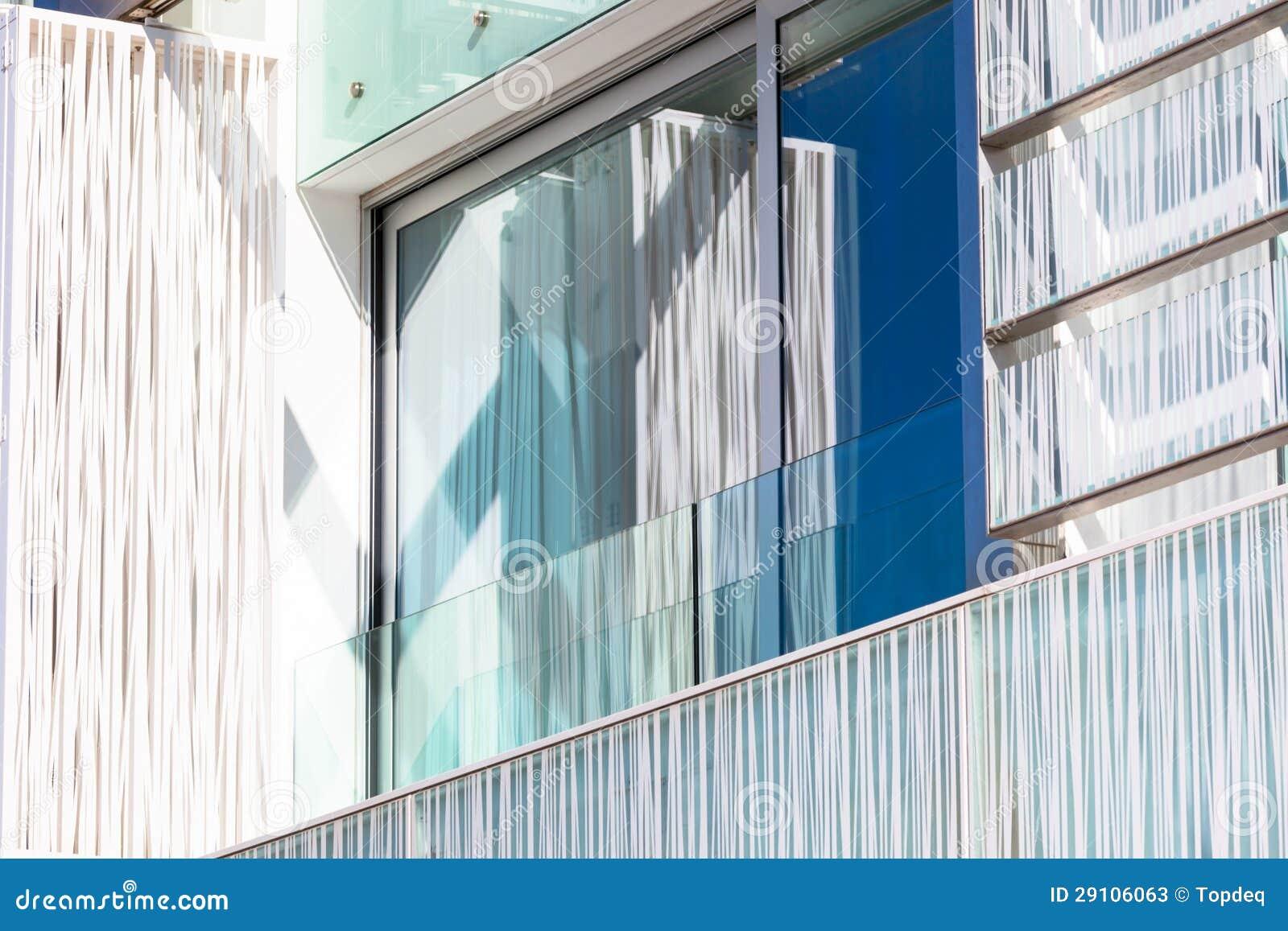 #064678  de Stock: Balcão em uma casa de apartamento nova da parede de vidro 1300x957 px Balcão De Tijolo De Vidro Para Cozinha Americana_2099 Imagens