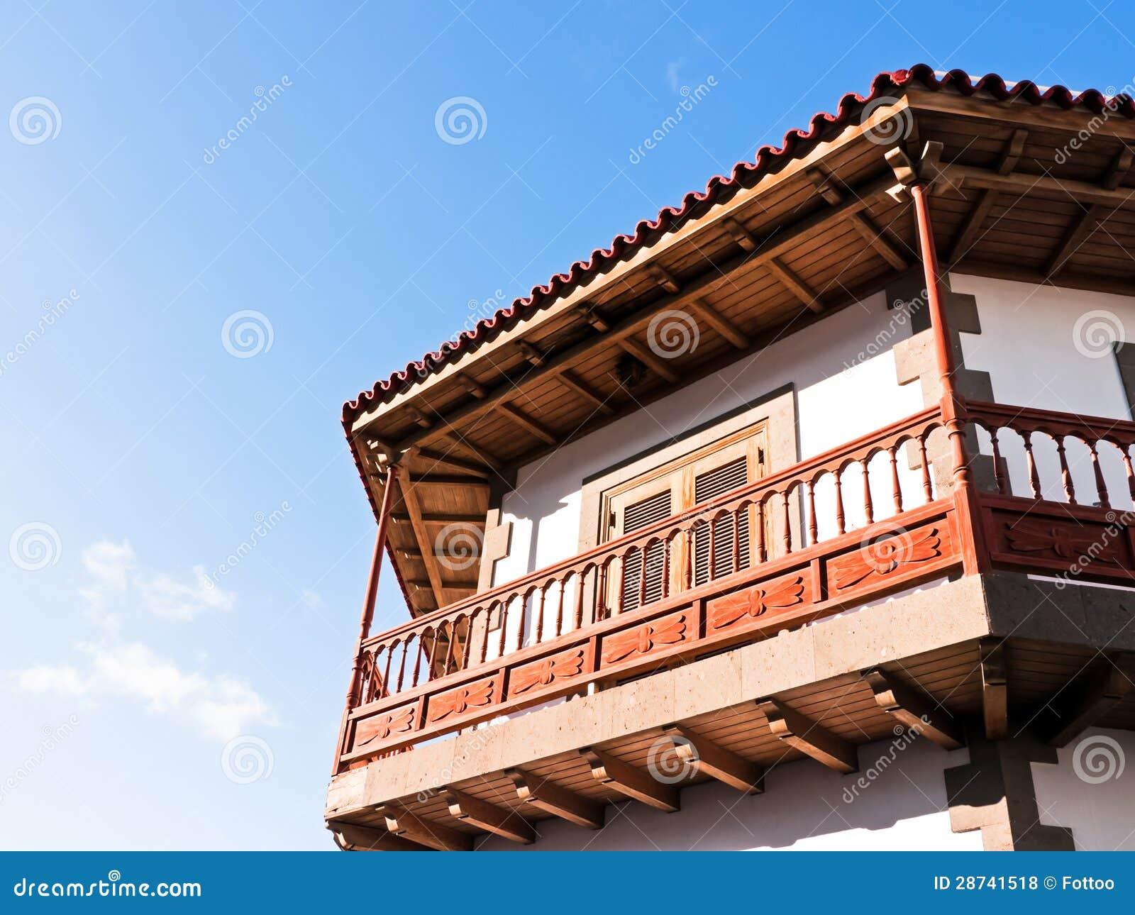 Balc n de madera fotos de archivo libres de regal as imagen 28741518 - Balcones de madera ...