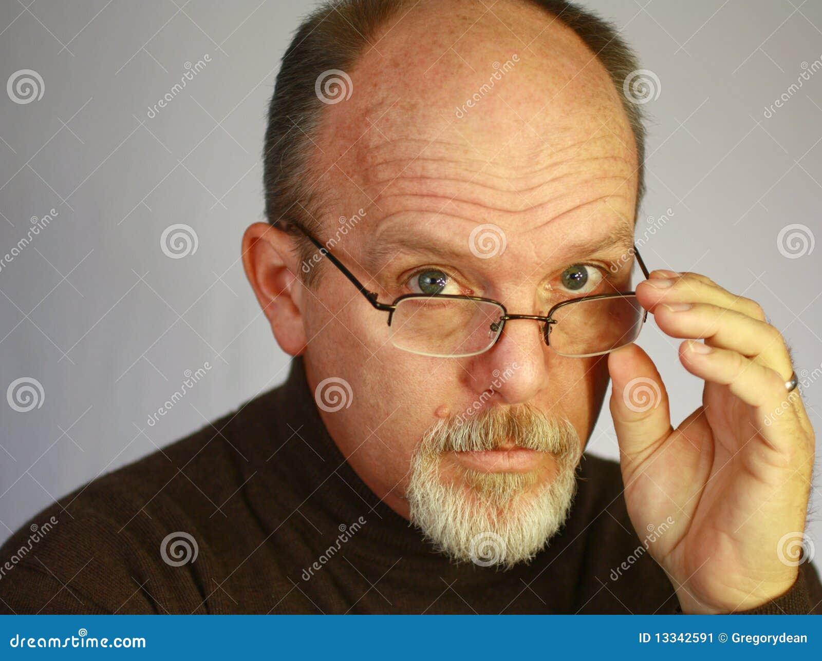 Фото лысый парень в очках 8 фотография