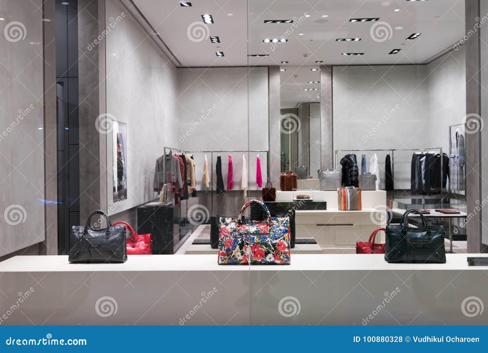 Balenciaga-Shop Bei Emquatier, Bangkok, Thailand, Am 3 ...
