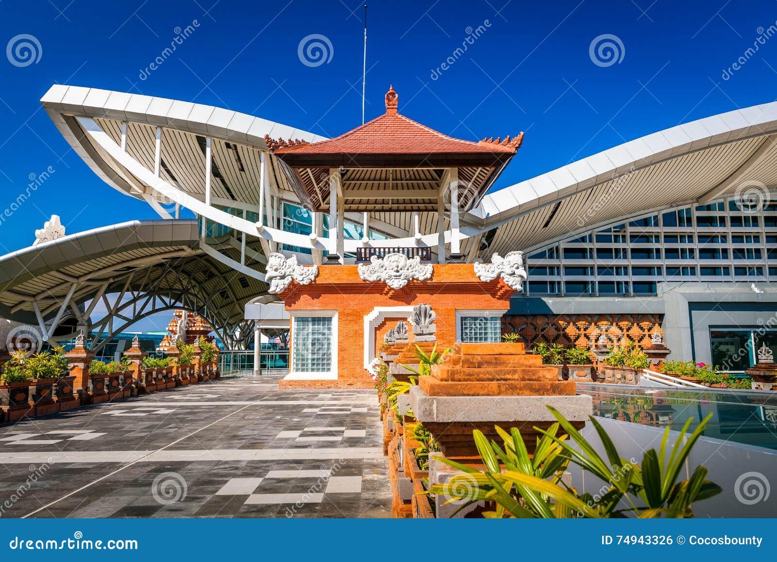 Aeroporto Bali : Bali aéroport international de denpasar sur l île tropicale bali