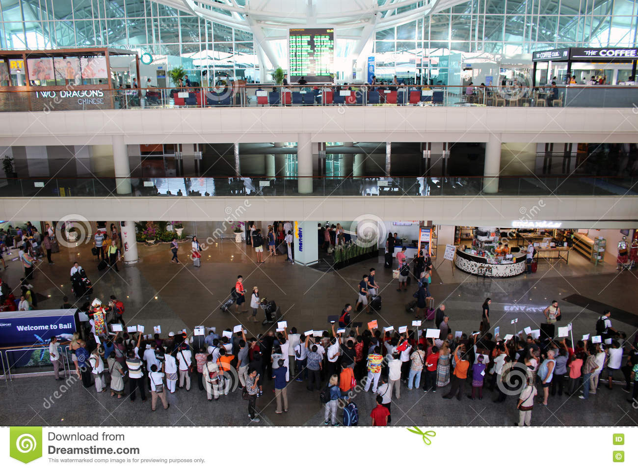 Bali Airport Arrivals Hall Editorial Photo Image Of Airport 71812601