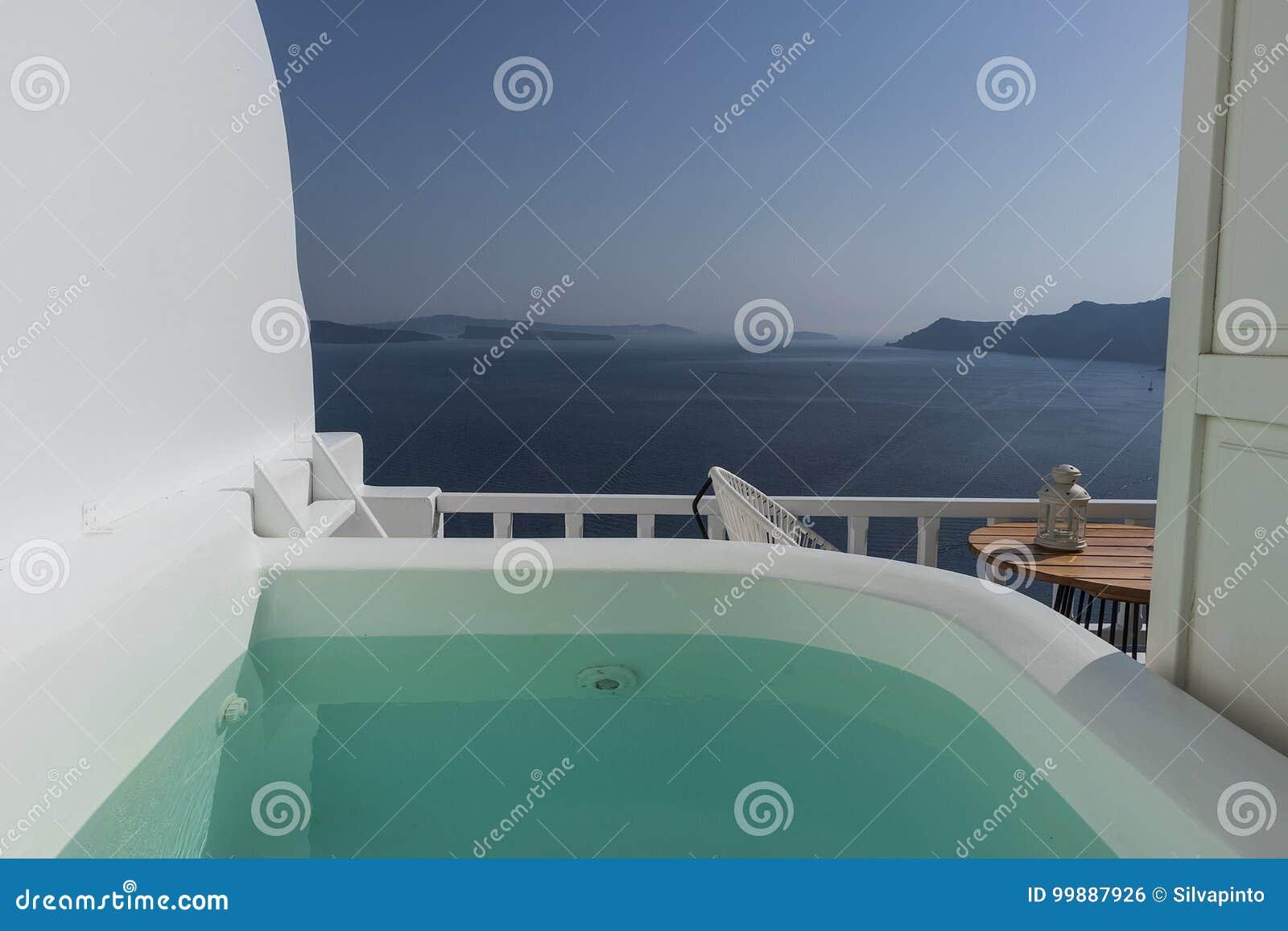 Balkon Mit Jacuzzi Archivbilder Abgabe Des Download 36 Geben Fotos