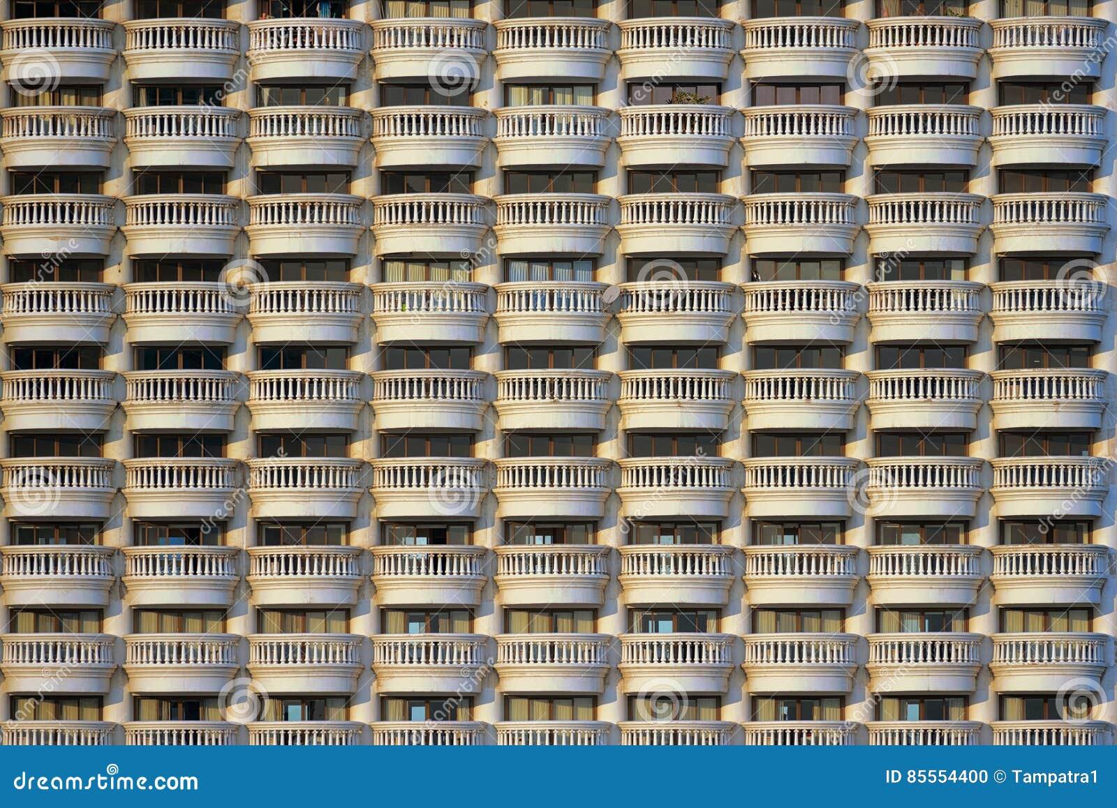 Balkonmuster eines Hotels, nahtlos