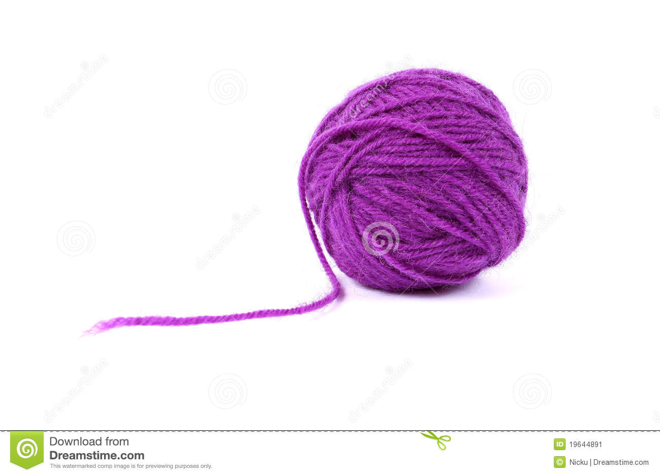 Ball clew of mauve wool