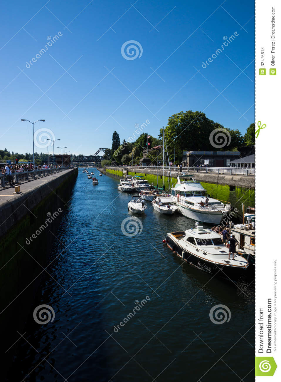 ballard lock looking down the canal editorial stock photo image 32476618. Black Bedroom Furniture Sets. Home Design Ideas