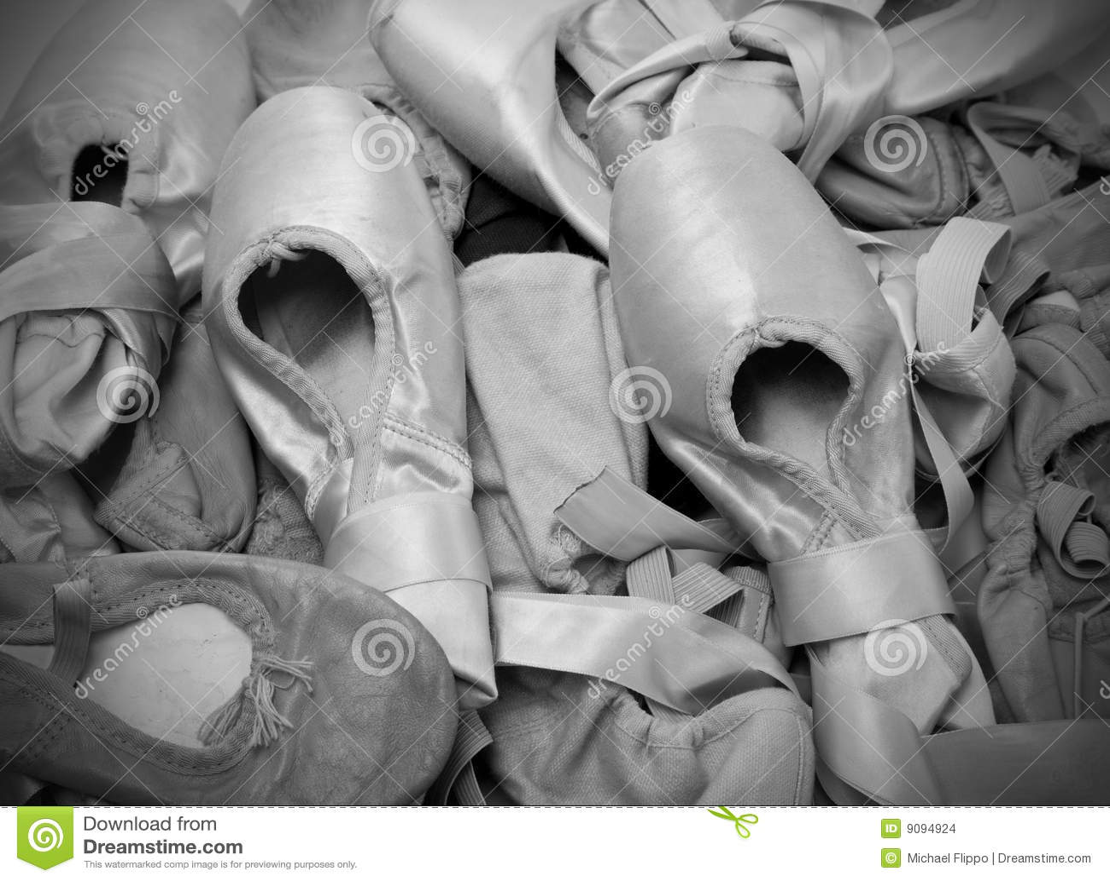 Ballett-Schuhe oder Hefterzufuhren