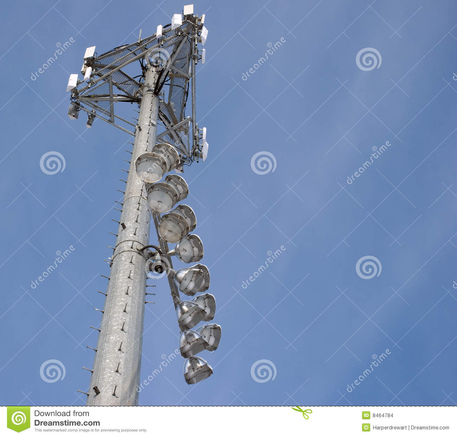 Ballfieldcellen tänder telefontornet
