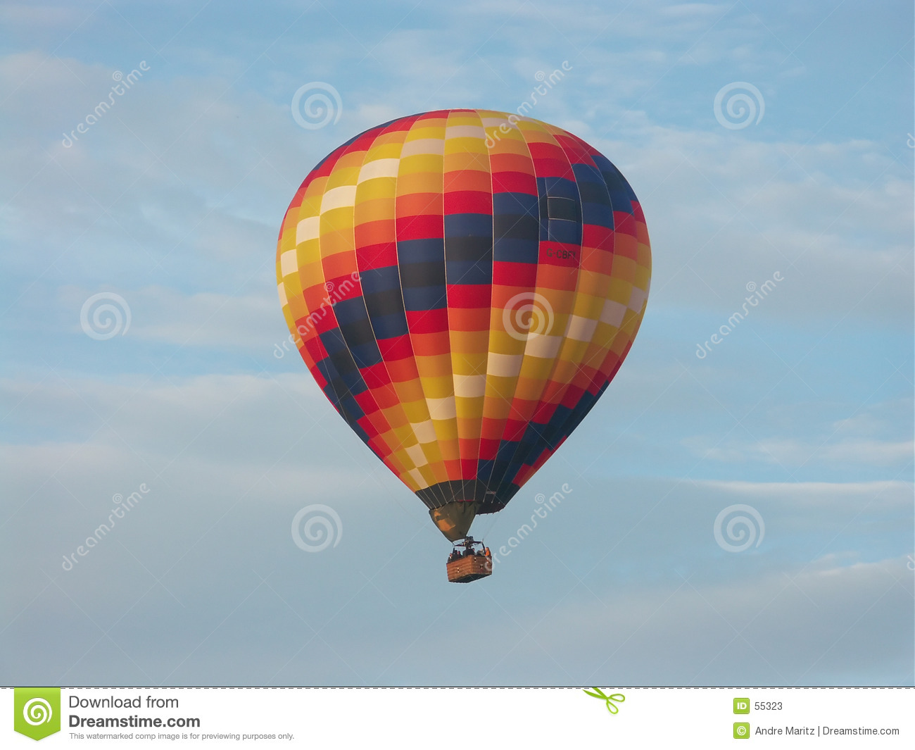 Download Ballon à air chaud image stock. Image du voile, nuages, mouche - 55323